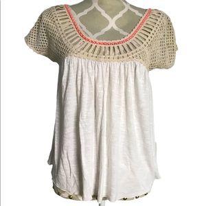 🇨🇦American Eagle Top With Crochet Neckline